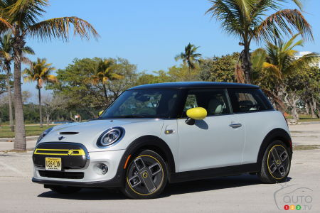 2020 Mini Cooper SE First Drive: All-Electric Comes to Mini