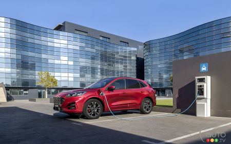 La production du Ford Escape PHEV ne commencera pas avant 2021