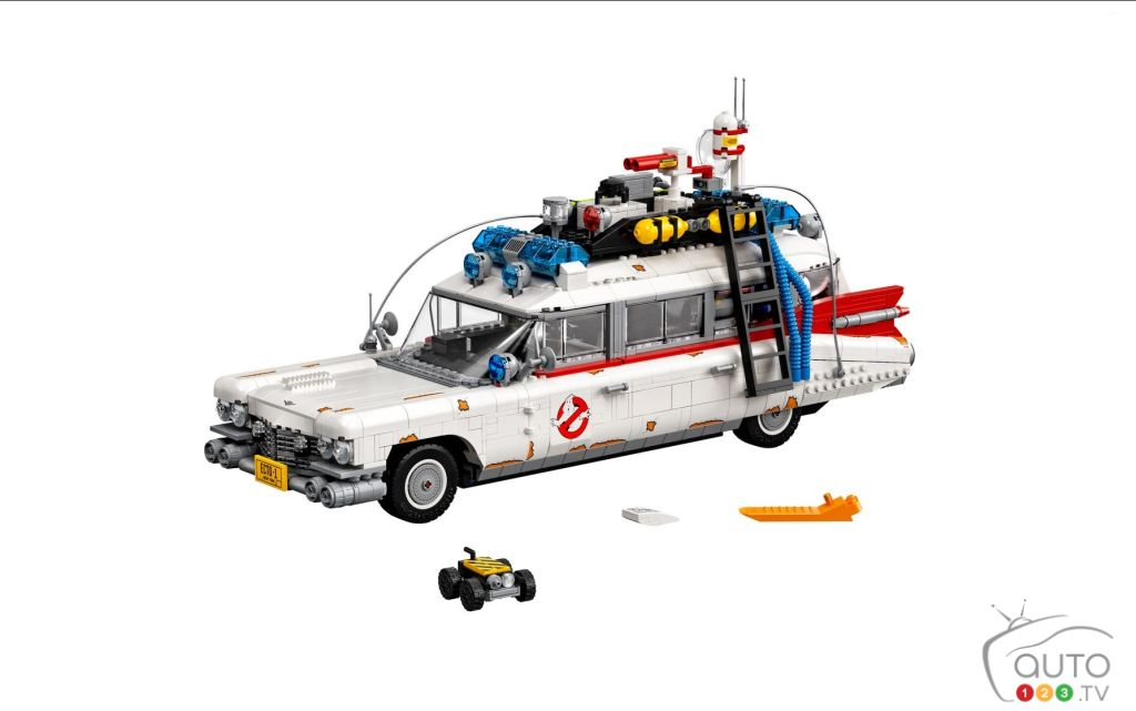 Lego Ecto-1: How's About a Caddy Hearse for Christmas?