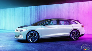 Volkswagen Confirms Production Version of the ID. Space Vizzion is a Go
