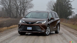2021 Toyota Sienna First Drive: The Minivan Hybrid Arms Race Is On