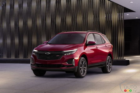 Chicago 2020: The 2021 Chevrolet Equinox Gets an RS Version