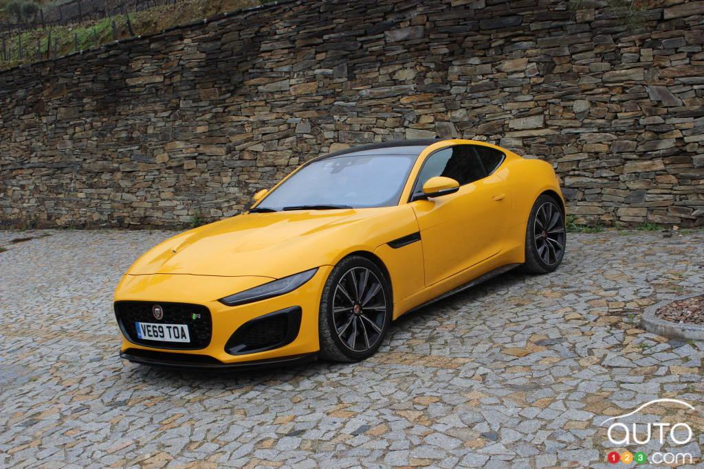 2021 Jaguar F-Type First Drive | Car Reviews | Auto123