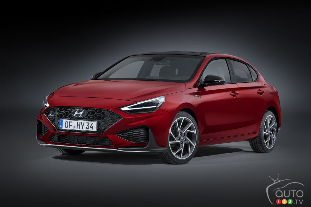 Hyundai Presents the next Elantra GT… in the form of the European i30