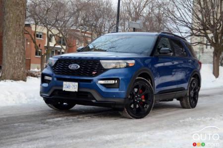 2020 Ford Explorer St Review Car Reviews Auto123