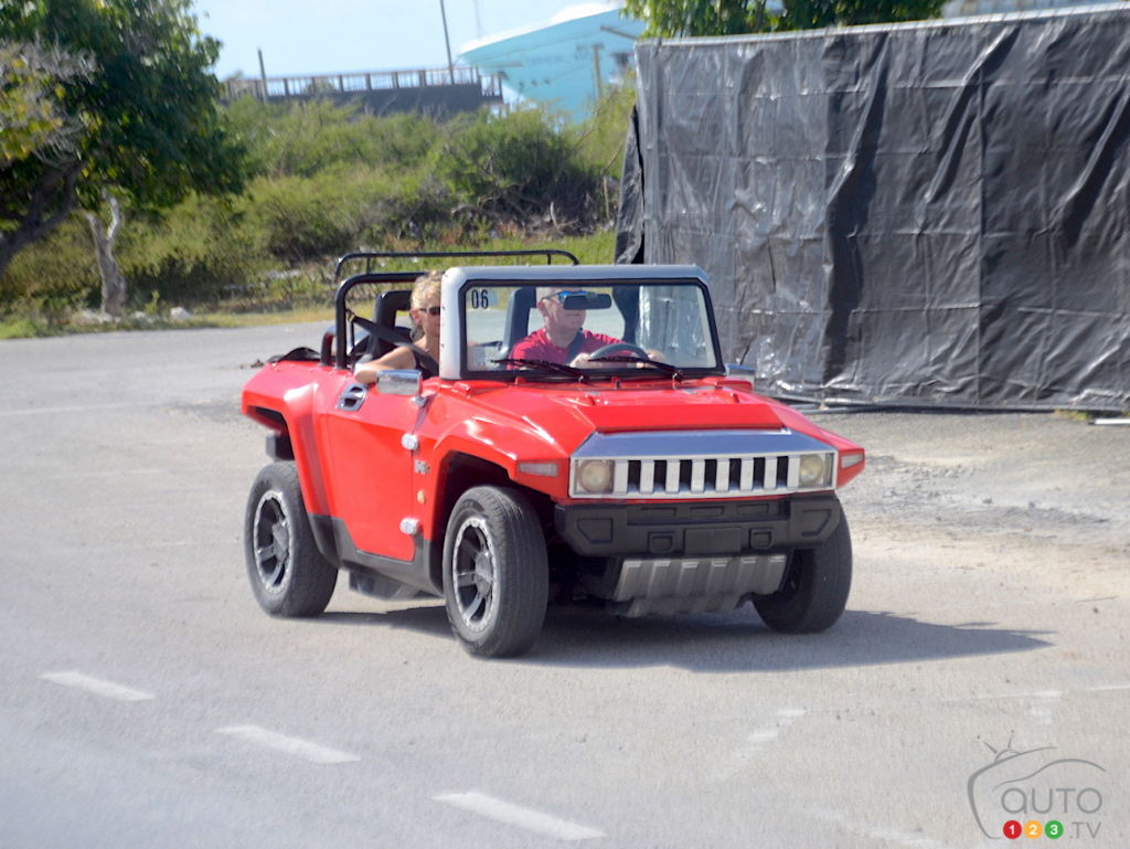 Not a real Hummer, on a road on Grand Turk island