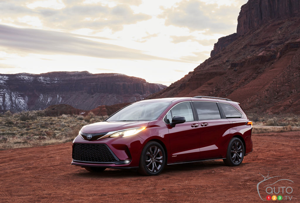 Fully Redesigned Hybrid Toyota Sienna Unveiled for 2021