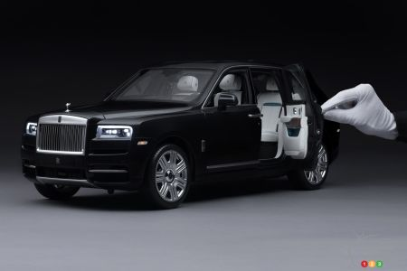 Rolls-Royce Offers a 1:8 Scale Replica of its Cullinan SUV
