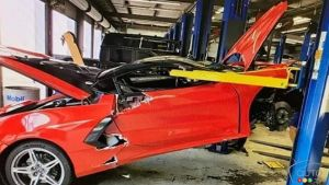 New Chevy Corvette C8 Falls off Lift at Dealership, Is Destroyed