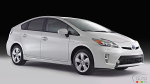 Toyota Recalling 752,000 Prius Cars Over Engine Problem