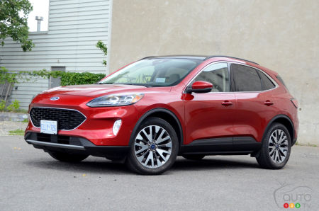 2020 Ford Escape Hybrid Review: Back in the Lead Peloton, But...