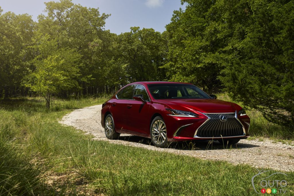 All-Wheel Drive and a Special Edition for the 2021 Lexus ES