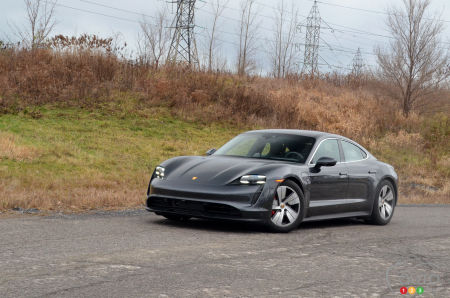 2020 Porsche Taycan 4S : Our (Not Too) Wintry Test Drive