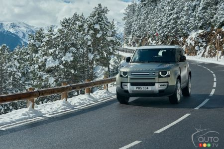 A V8 for the Land Rover Defender in 2022
