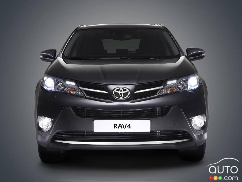 Enquête ouverte sur 1,9 million véhicules Toyota RAV4