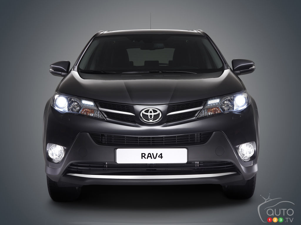 NHTSA Opens Investigation Affecting 1.9 million Toyota RAV4s