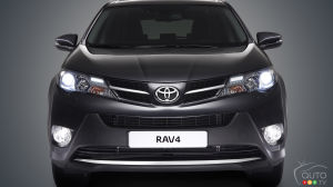 NHTSA Opens Investigation Affecting 1.9 million Toyota RAV4s