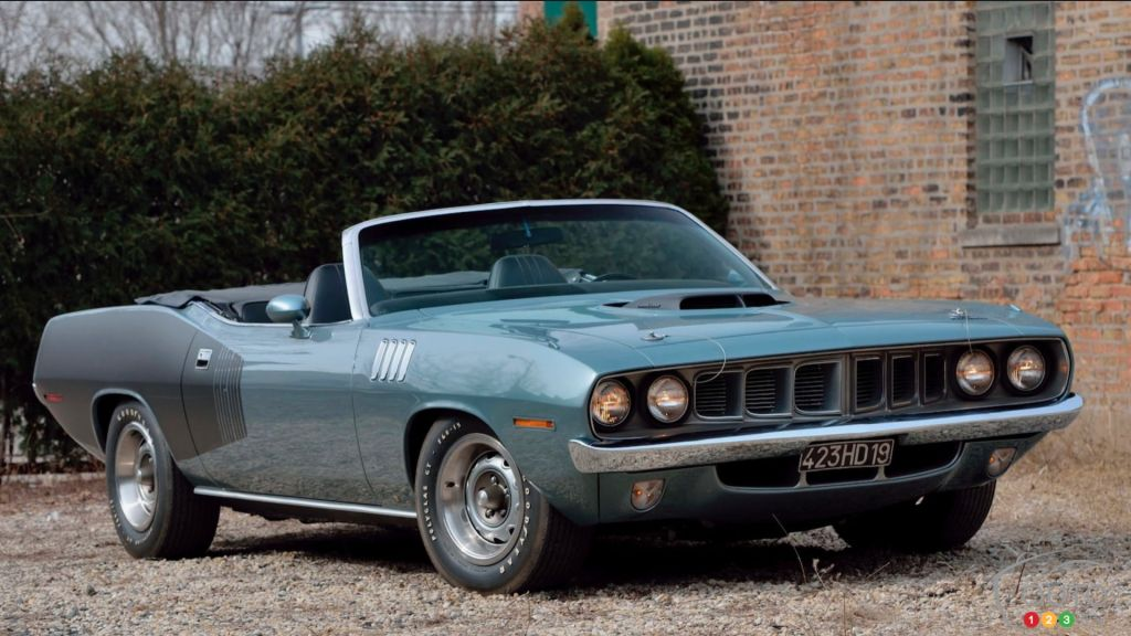 A 1971 Plymouth Cuda Convertible with Hemi Engine Is Going to Auction