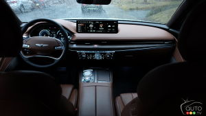 The interior of the Genesis G80