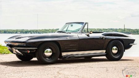 Owner Logs 940,000 km On His 1963 Chevrolet Corvette