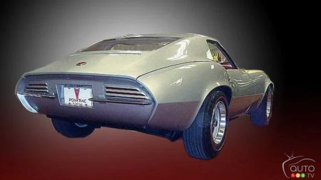 Pontiac Banshee concept, three-quarters rear