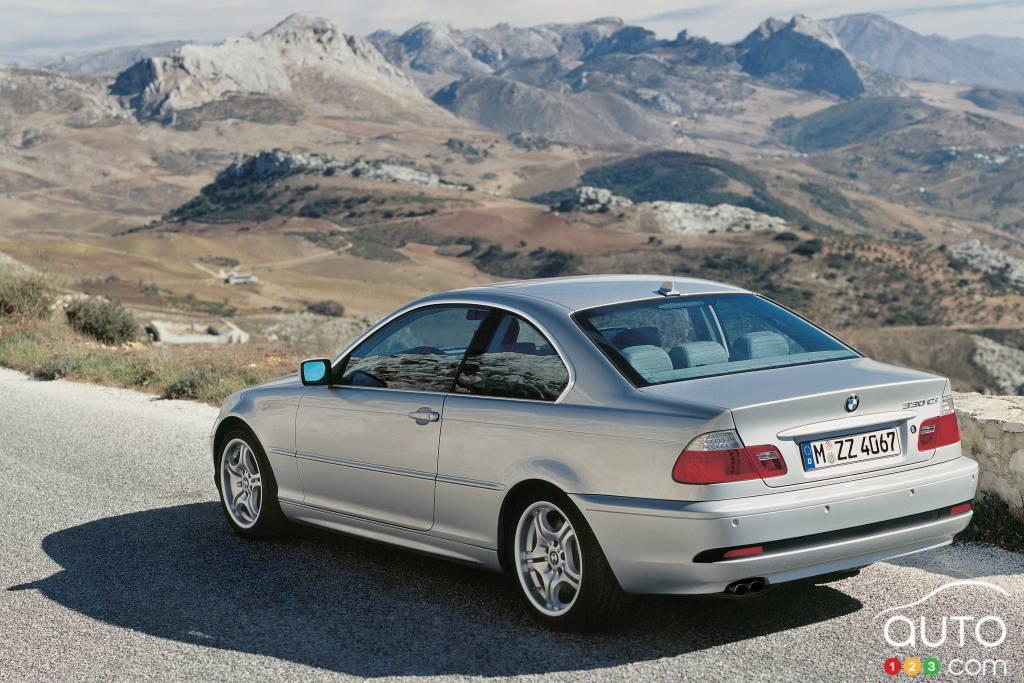 BMW Série 3 2006, trois quarts arrière