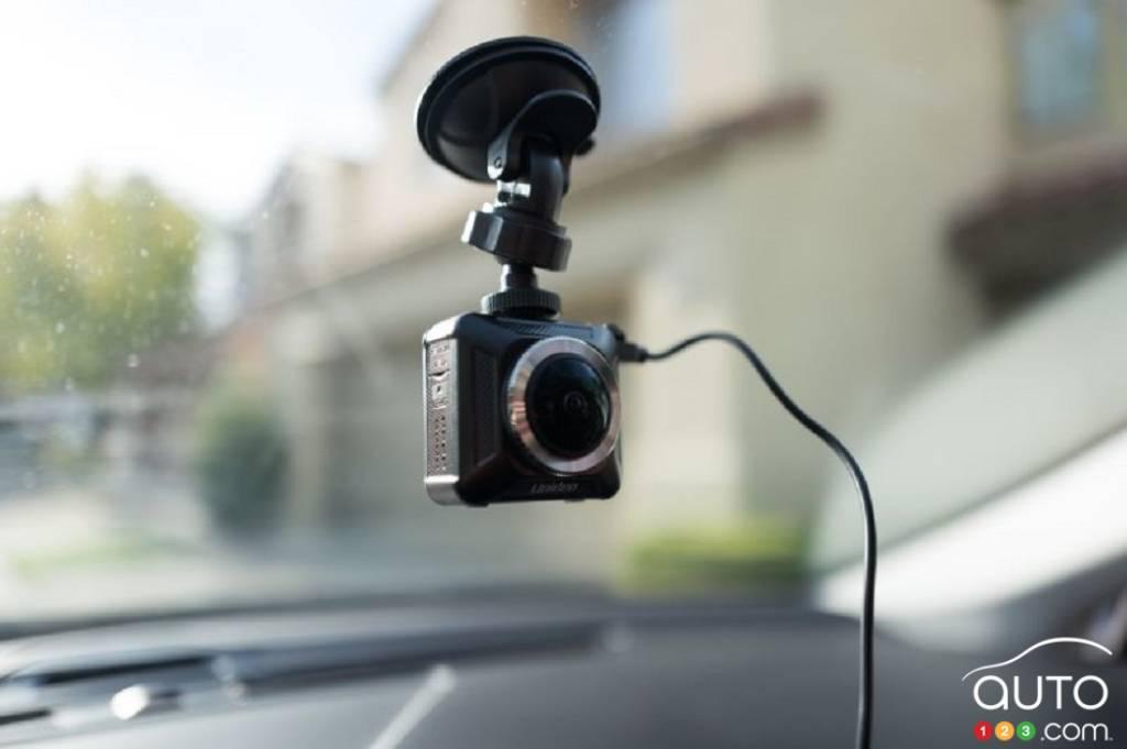 Une caméra embarquée, sur la vitrine