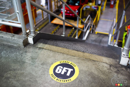 New safety signs in Ford factory