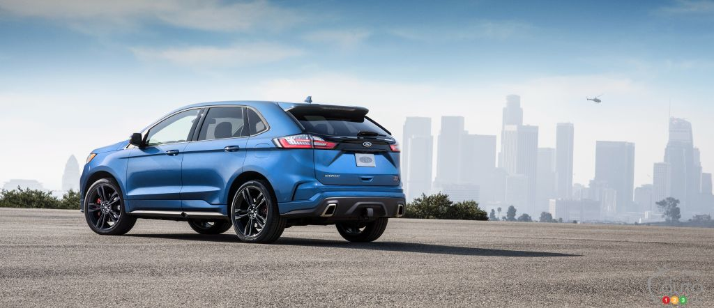 First Drive Of The 2019 Ford Edge St Car Reviews Auto123