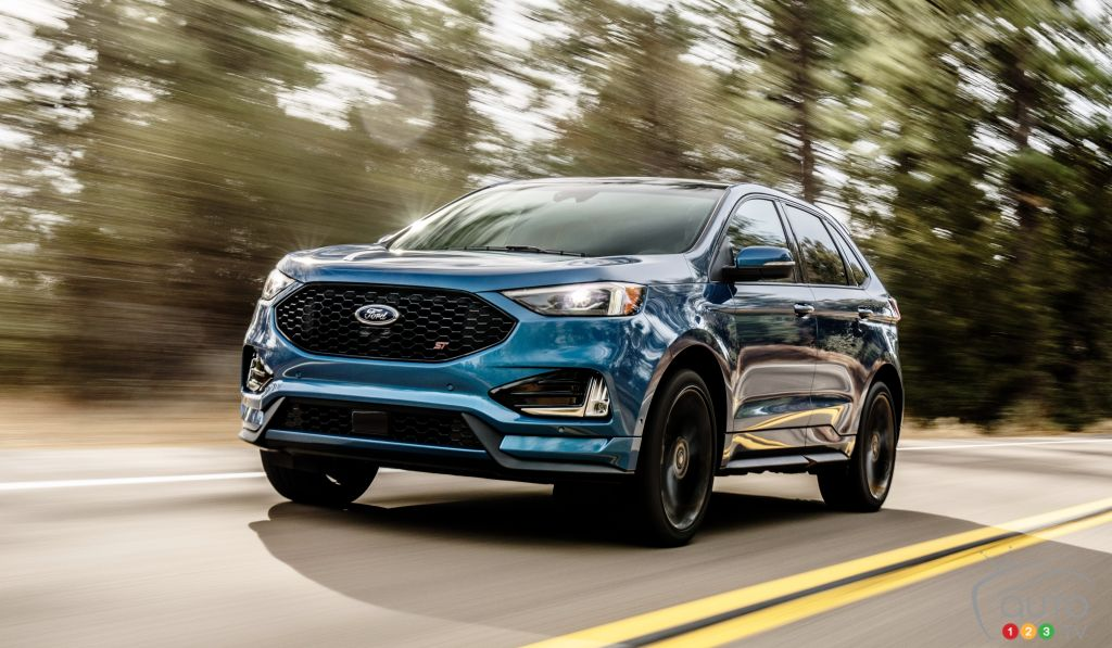 First Drive of the 2019 Ford Edge ST | Car Reviews | Auto123