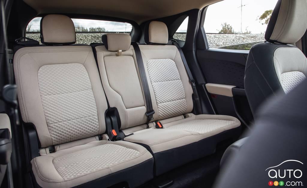 Ford Escape 2020 SE, deuxième rangée