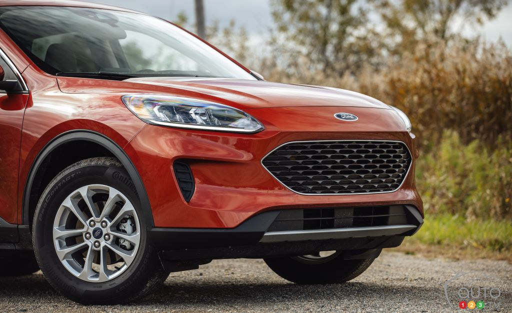 Ford Escape 2020, calandre