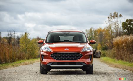 2020 Ford Escape, front
