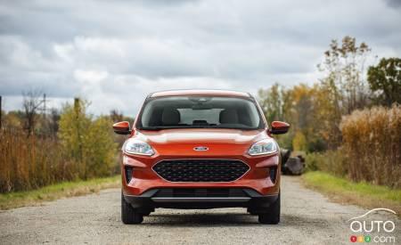 2020 Ford Escape, front