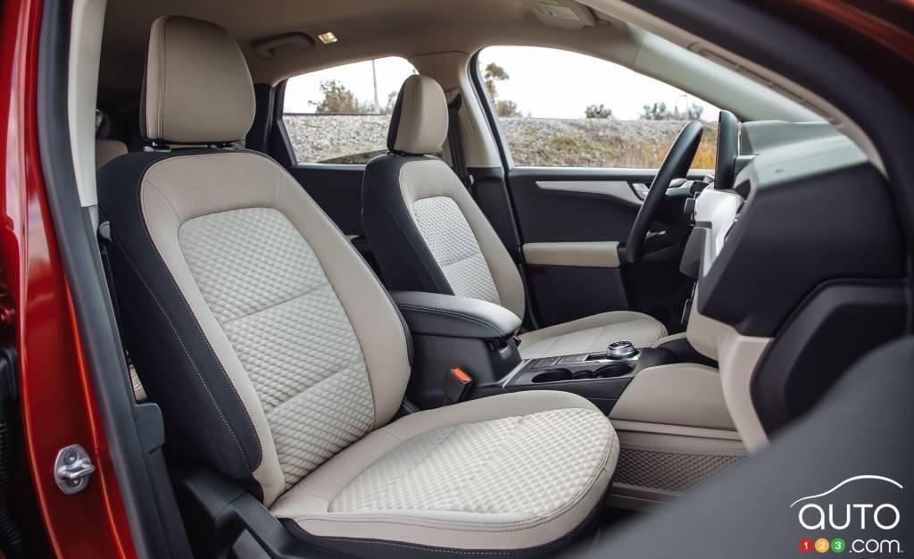 Ford Escape 2020 SE, première rangée