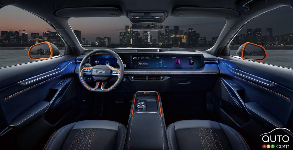 Ford Evos, intérieur