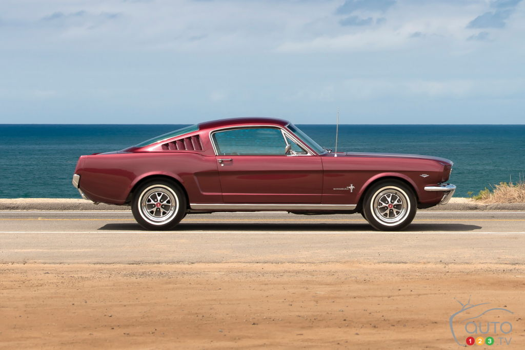 Ford Mustang 1965, profil