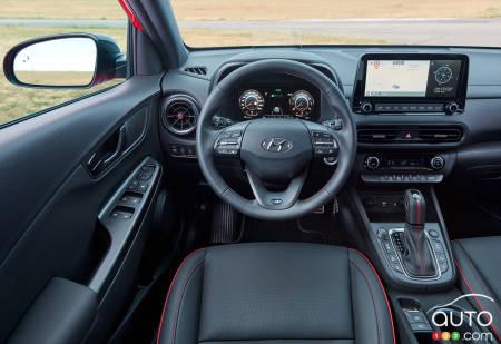 2022 Hyundai Kona N Line, interior