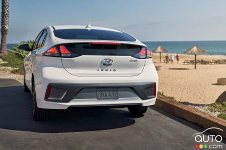 2020 Hyundai Ioniq Electric, rear