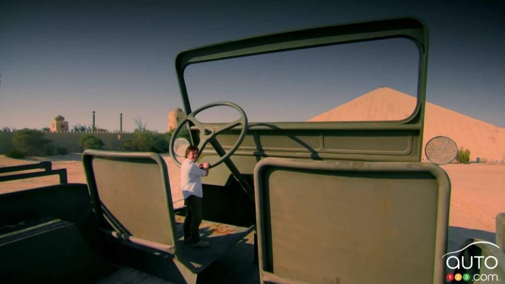 Le  Jeep Willys géant, volant