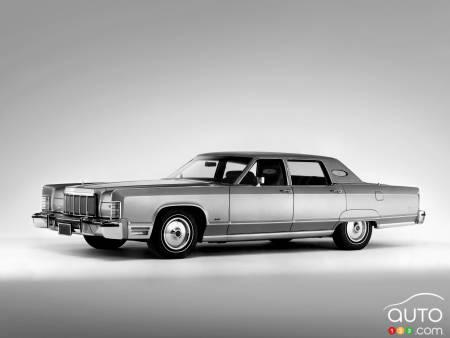 1975 Lincoln Town Car Continental
