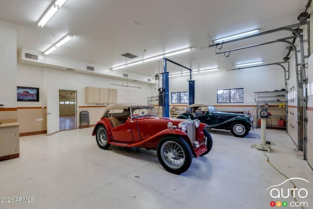 Le garage pour 100 voitures, fig. 7