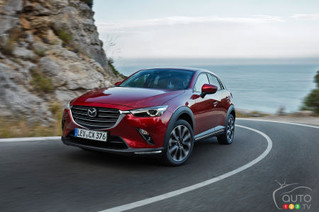 2020 Mazda CX-3, three-quarters front