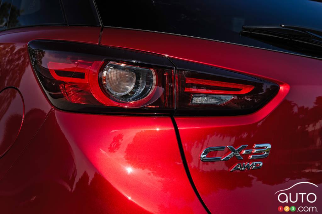 Mazda CX-3 2020, feu