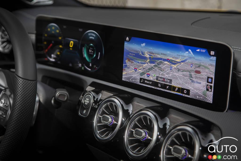 Mercedes-Benz CLA250 2020, tableau de bord