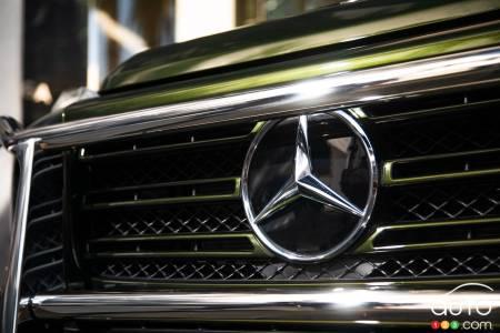 Mercedes-Benz G-Class 550, front grille