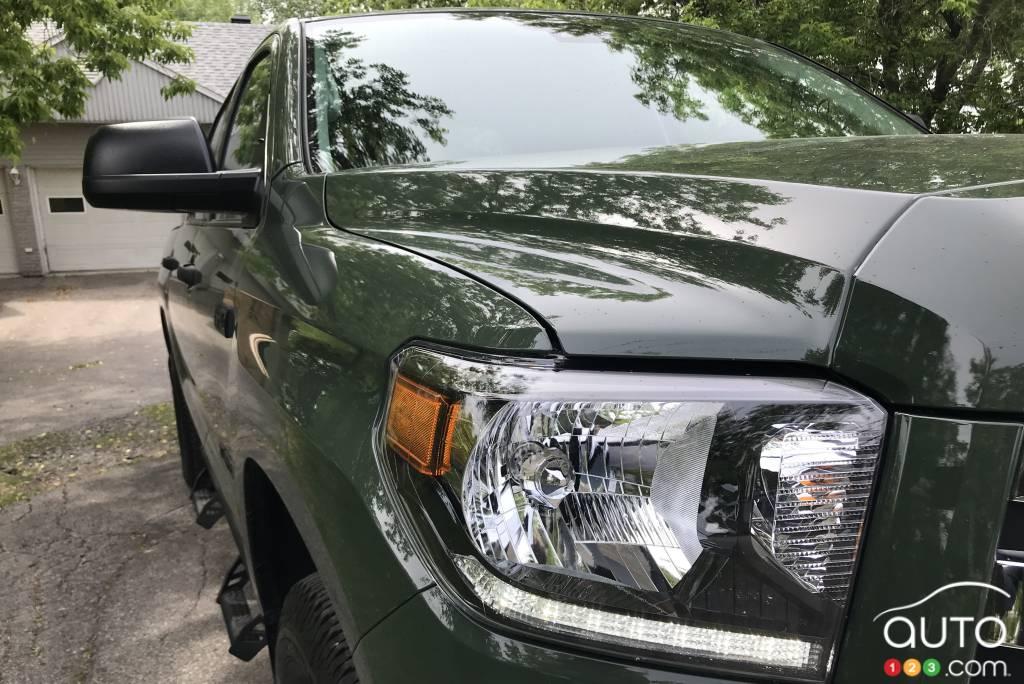 Toyota Tundra 2021, phare