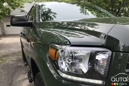 2021 Toyota Tundra, headlight