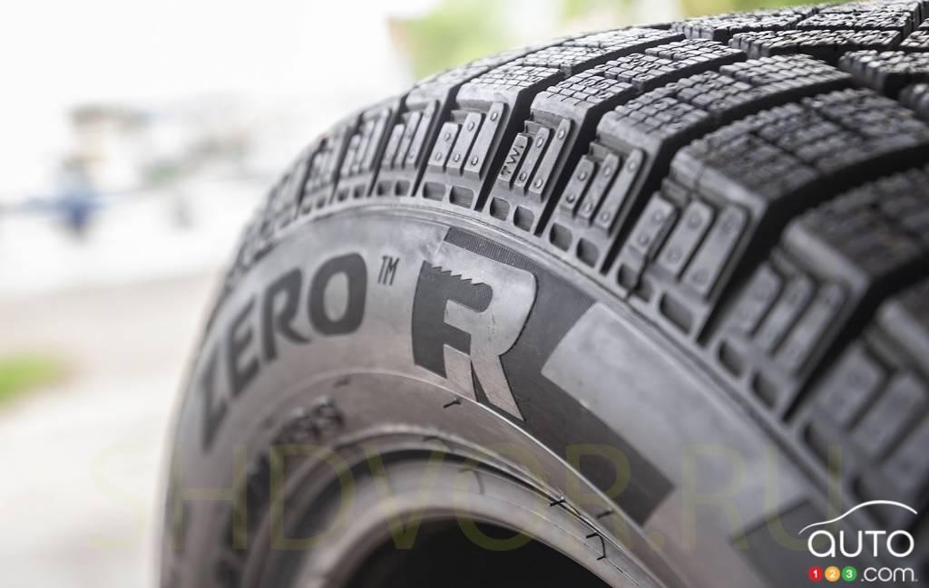 Pirelli Ice Zero Friction