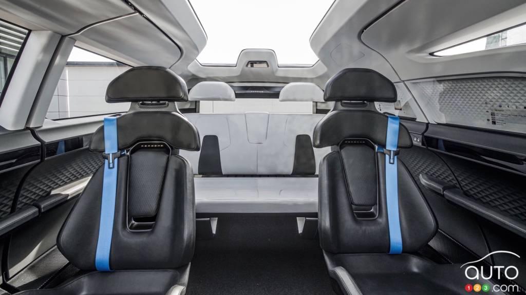 Le Porsche Renndienst Study, sièges arrières